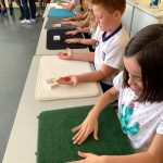 Intervenant-magie-en-école